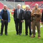Treffen diverser Teilnehmer des legendären Europapokal Viertelfinales zwischen dem FC Liverpool und dem 1. FC Köln am 24.März 1965 in Rotterdam. Das Treffen fand 2011 in Köln im RheinEnergieStadion statt.