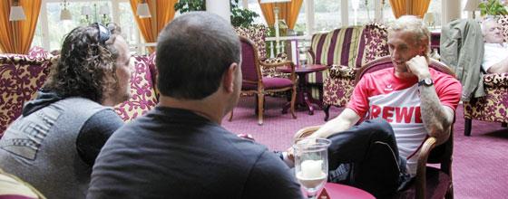 Marcel Risse wird von der Kölschen Ziege interviewed
