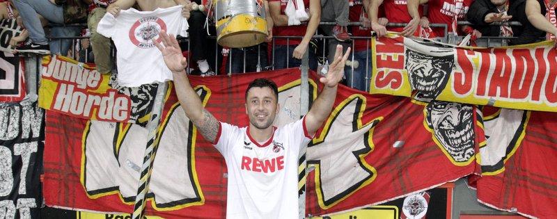 Dominic Maroh, Doppeltorschütze zum Derbysieg gegen Bayer Leverkusen vor Fans