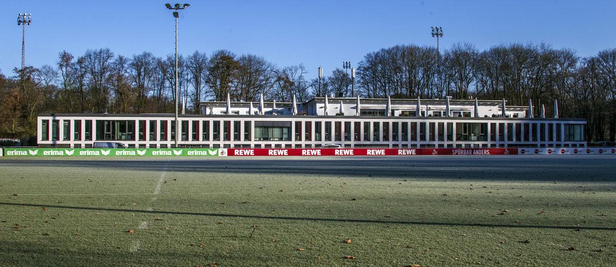 Winterliches Geißbockheim