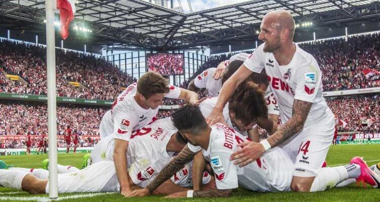 Jonas Hector trifft zum 1:0 gegen Mainz und stößt das Tor zur Europaleague auf